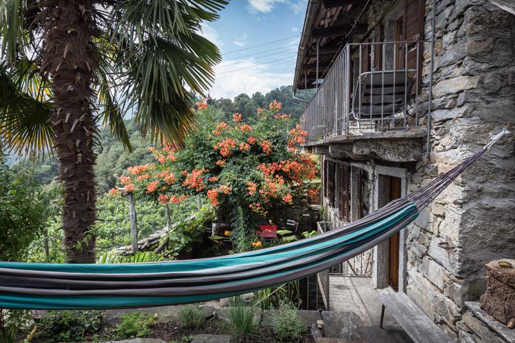 Balkon, Hängematte und Gartensitzplatz…